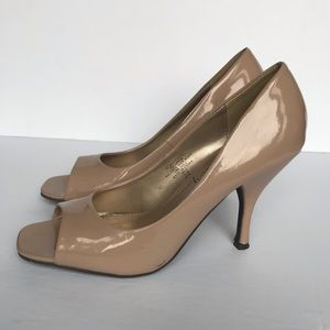 SALE! 3/$30  Sam & Libby open toe heels